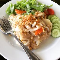 Noodle con pollo e verdure piccante