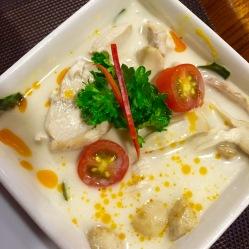 Tom Ka Gai, pollo con latte di cocco